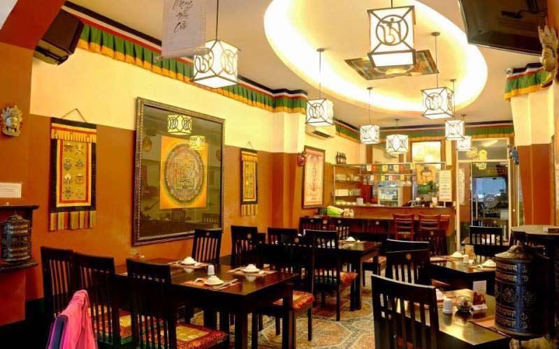 thiết kế nhà hàng chay quận 1 Mandala
