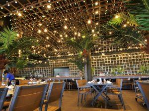 hệ thống ánh sáng trong nhà hàng