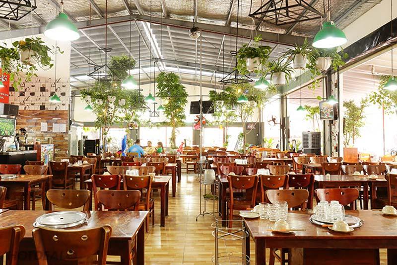 màu sắc trong nhà hàng ăn uống