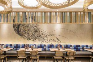 trang trí nhà hàng hải sản bằng hình ảnh sinh vật biển