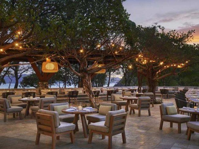 Với mặt bằng mát mẻ ngay ven sông, khách hàng chắc chắn sẽ rất thích thú và ấn tượng với nhà hàng của bạn hơn.