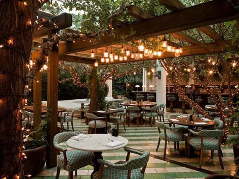không gian thiết kế nhà hàng sân vườn