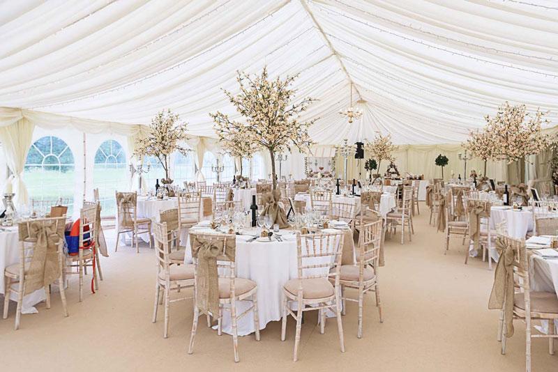 phong cách thiết kế nhà hàng tiệc cưới địa trung hải